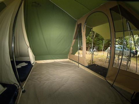 TENTE 4 personnes - prêt à camper