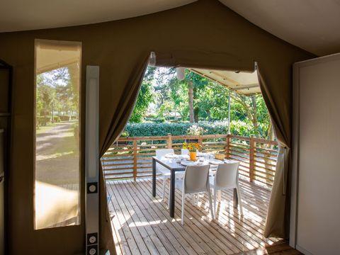 TENTE TOILE ET BOIS 5 personnes - Le Lodge Oulébo