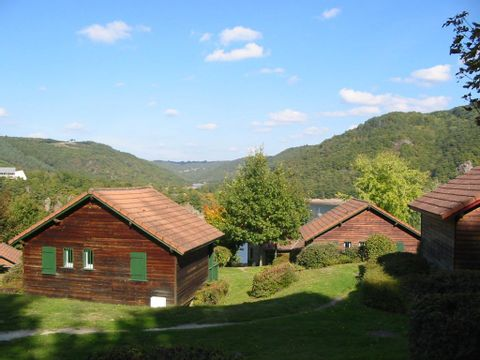 Hameau de Chalets de La Chazotte - Camping Puy-de-Dome - Image N°4