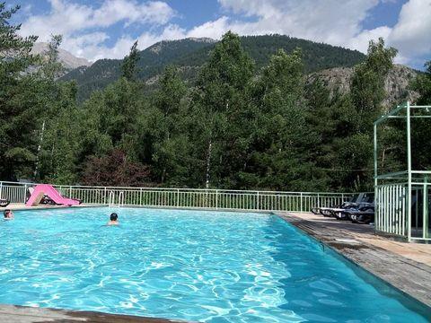 Camping l'Iscle de Prelles - Camping Hautes-Alpes