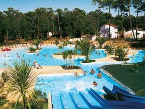 Charente-Maritime  Camping Le Logis  - Camping Charente-Maritime - Afbeelding N°9