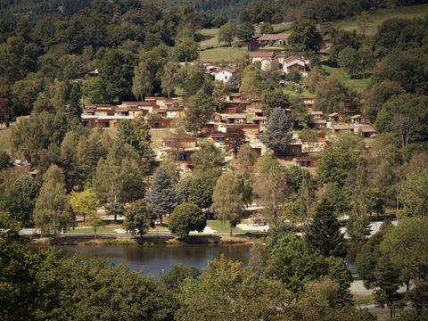 Village Vacances Les Demeures du Lac - Camping Puy-de-Dome - Image N°3