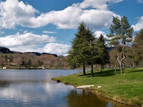 Village Vacances Les Demeures du Lac - Camping Puy-de-Dome - Image N°20