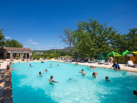 Camping Domaine des Chenes Blancs - Camping Vaucluse