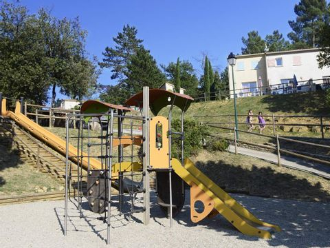 Résidence-Club Le Domaine des Hauts de Salavas - Camping Ardèche - Image N°8