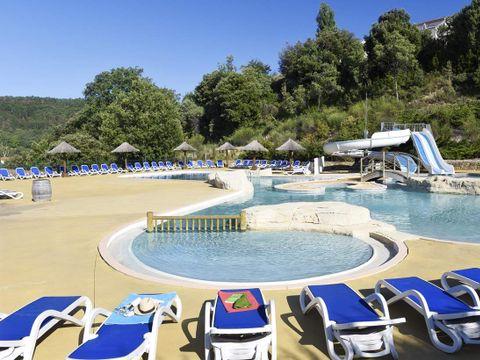 Résidence-Club Le Domaine des Hauts de Salavas - Camping Ardèche - Image N°3