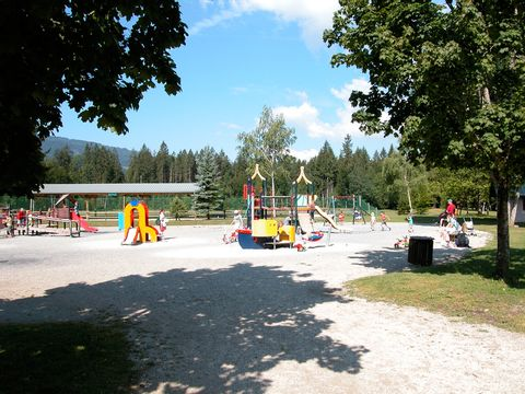 Camping Les locations de Mobil-homes Chevrot Loisirs - Camping Haute-Savoie - Image N°6