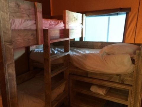 TENTE TOILE ET BOIS 4 personnes - Corsica Lodge, 2 chambres - Arrivée le samedi