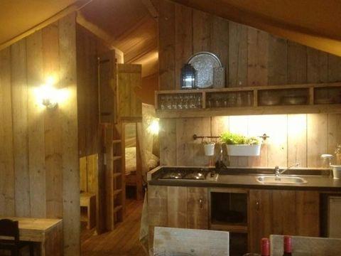 TENTE TOILE ET BOIS 8 personnes - Corsica Lodge, 3 chambres