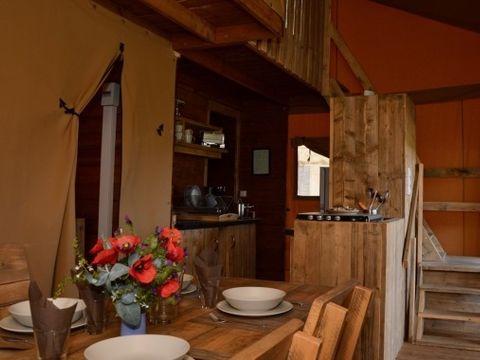 TENTE TOILE ET BOIS 5 personnes - Corsica Lodge, 2 chambres - Arrivée le samedi