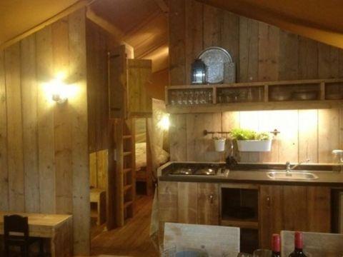 TENTE TOILE ET BOIS 8 personnes - Corsica Lodge 3 chambres - arrivée samedi