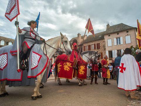 Village de Vacances Les Chalets de la Gazonne - Camping Aveyron - Image N°13
