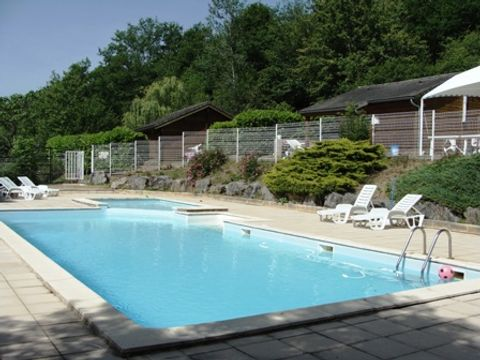Village de Vacances Les Chalets de la Gazonne - Camping Aveyron - Image N°2