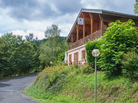 Village de Vacances Les Chalets de la Gazonne - Camping Aveyron - Image N°7
