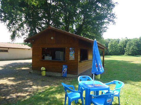 Camping des Prairies d'Auvergne - Camping Puy-de-Dome - Image N°8