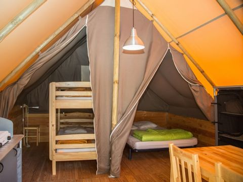 BUNGALOW 4 personnes - Cabane Amazone (sans sanitaires)