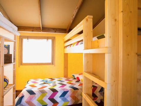 TENTE TOILE ET BOIS 6 personnes - Lodge COTTON PREMIUM 3 chambres - 32 m²