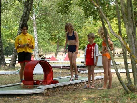 Isère  Camping Les 3 Lacs du Soleil  - Camping Isère - Afbeelding N°11