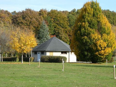 Creuse  Camping Dun Le Palestel - Camping Creuse - Afbeelding N°9