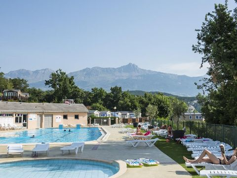 Camping L'Ecrin du Lac - Camping Hautes-Alpes - Image N°2