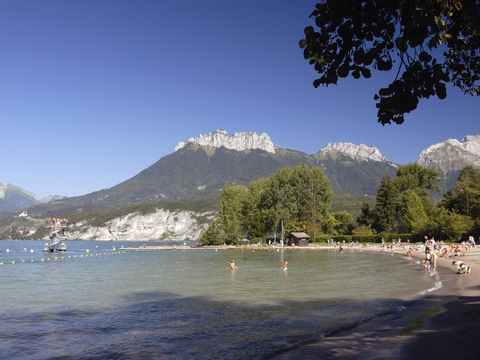 Camping Le Verger Fleuri - Camping Haute-Savoie - Image N°12
