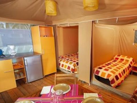 BUNGALOW TOILÉ 4 personnes - 4 PLACES, 2 chambres
