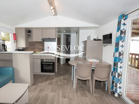 MOBILHOME 10 personnes - 4 chambres