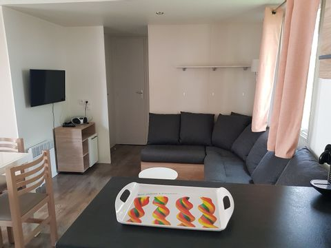MOBILHOME 8 personnes - 3 chambres - 18