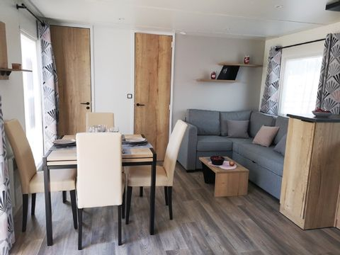 MOBILHOME 6 personnes - 2 chambres - 6J
