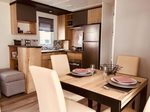 MOBILHOME 8 personnes - 3 chambres - 410