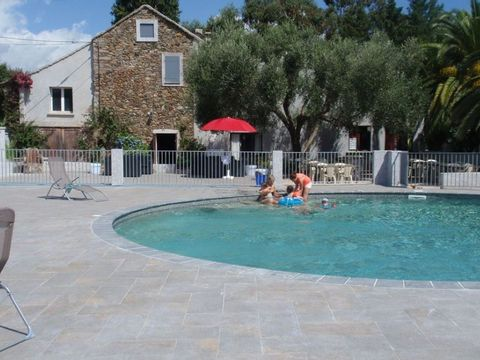 Camping aire naturelle Ficajole - Camping Corse du nord