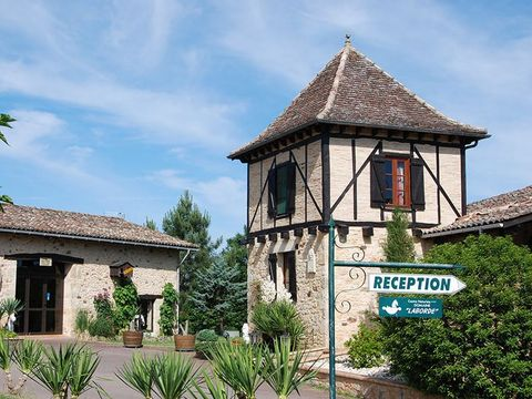 Camping Naturiste  Domaine Laborde - Camping Lot-et-Garonne - Image N°2