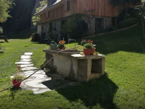Camping aire naturelle Les Tilleuls - Camping Hautes-Pyrenees - Image N°3