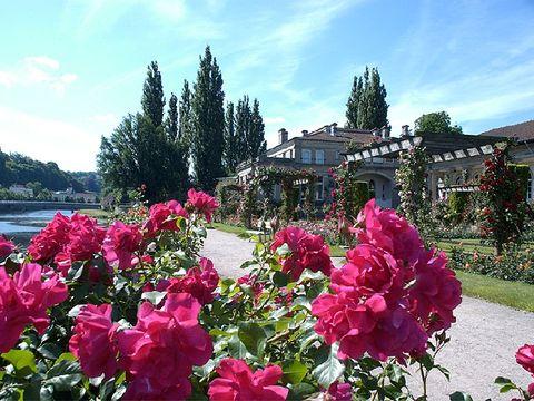 Camping Parc Du Chateau - Camping Vosges - Image N°2