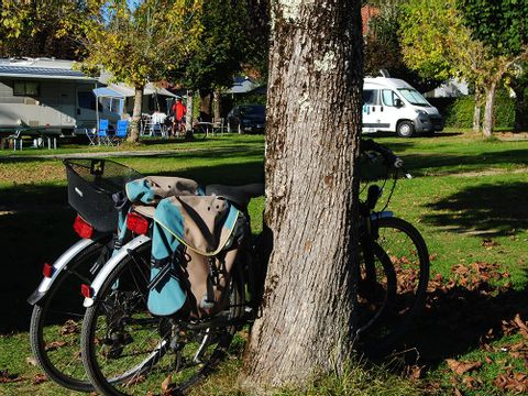 Camping Les Fruitiers - Camping Hautes-Pyrenees - Image N°2