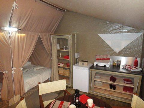 BUNGALOW TOILÉ 5 personnes - Lodge Canada, 2 chambres (sans sanitaires)