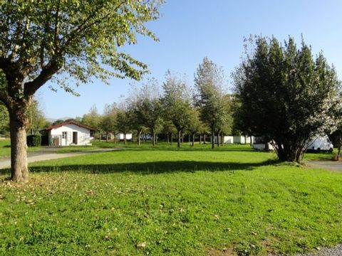 Camping aire naturelle Camping La Magdeleine - Camping Pyrenees-Atlantiques