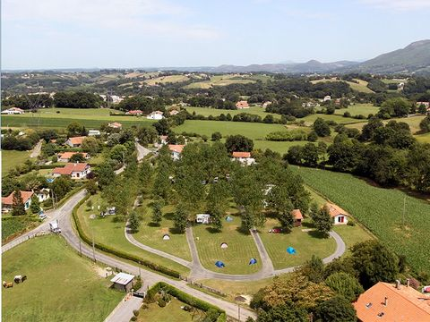 Camping Aire-ona - Camping Pyrenees-Atlantiques
