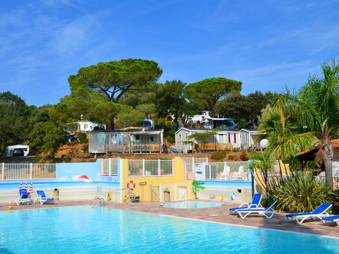 Camping Les Lauriers Roses - Camping Var