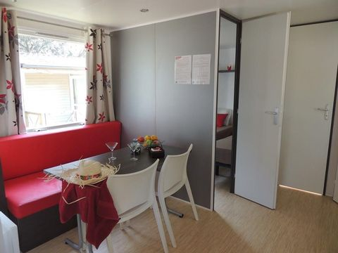 MOBILHOME 4 personnes - Sunny, 2 chambres (arrivées samedi)