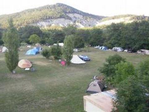 Camping aire naturelle De L'issole Mme Ventre-lesc - Camping Alpes-de-Haute-Provence
