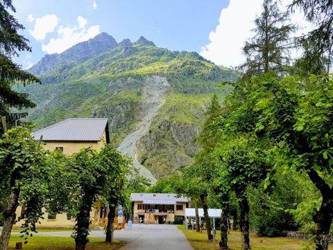 Camping Les Mélèzes - Camping Hautes-Alpes