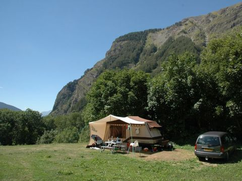 Camping aire naturelle La Casse - Camping Hautes-Alpes - Image N°2