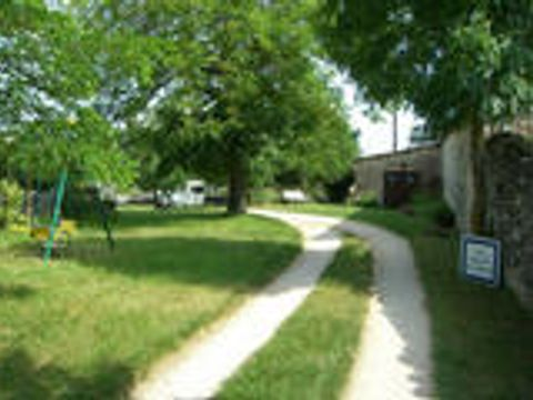 Camping Aire Naturelle Chez Gaby - Camping Lot