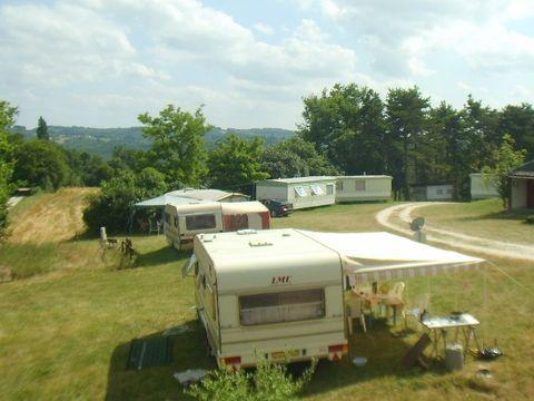 Camping À La Ferme De La Catie - Camping Dordogne