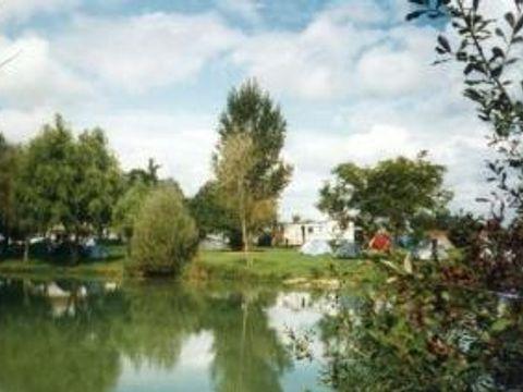 Camping a la ferme de Bourrut Lacouture Jean-paul - Camping Charente