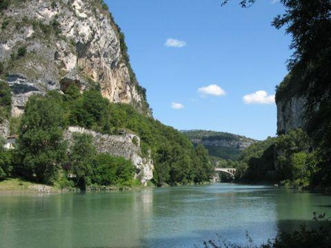 Savoie  Camping Les Bords Du Guiers - Camping Savoie - Afbeelding N°10