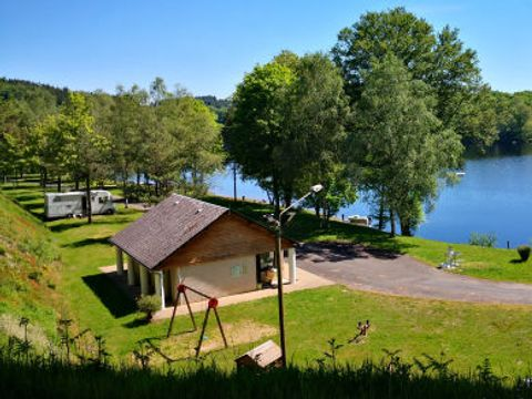 Camping Du Lac de Viam - Camping Correze - Image N°10