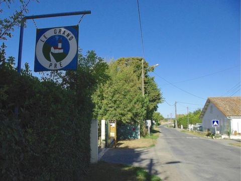 Camping aire naturelle Du Grand Pre - Camping Charente-Maritime