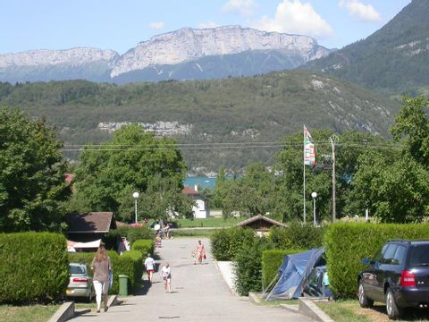 Camping Les Champs Fleuris - Camping Haute-Savoie - Image N°4